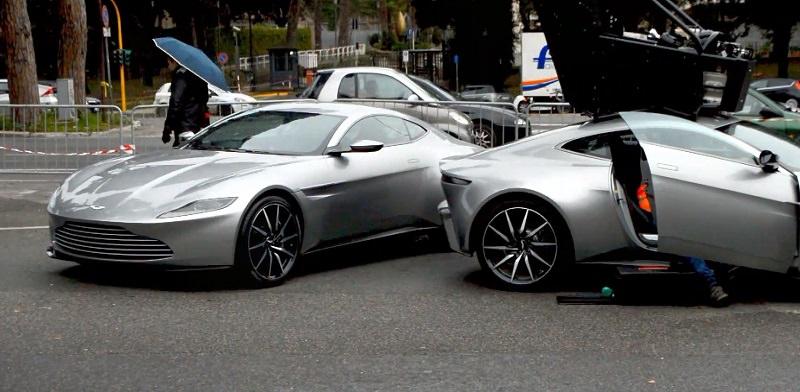 3 سيارات استون مارتن DB10 تجتمع أثناء تصوير فيلم جيمس بوند