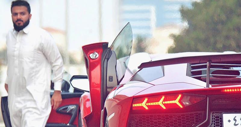 الرئيس الجديد لنادي الاتحاد السعودي يمتلك اسطولا من السيارات الخارقة