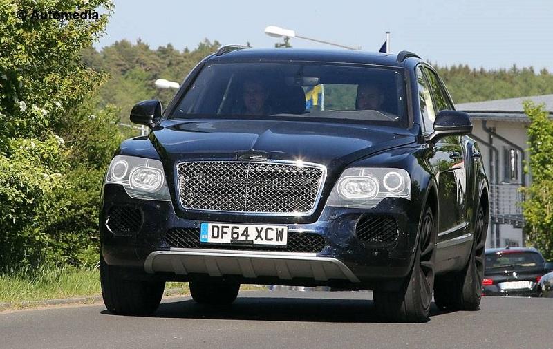 بنتلي بينتايجا تستولي على لقب أسرع سيارة SUV في العالم