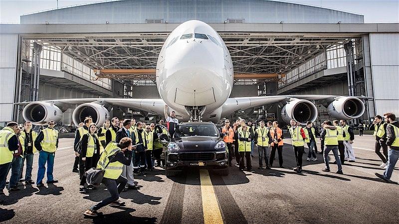 بورش كايين اس تجر أكبر طائرة ركاب في العالم