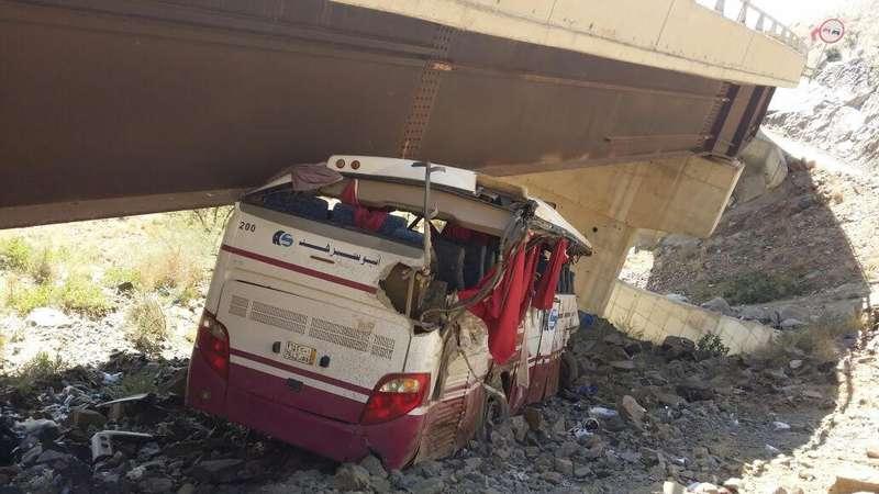 حادث حافلة يسفر عن وفاة 6 واصابة العشرات بالسعودية