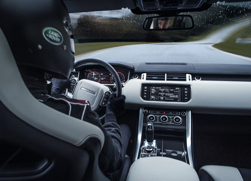 داخلية سيارات لاند روفر رنج روفر سبورت SVR 2017