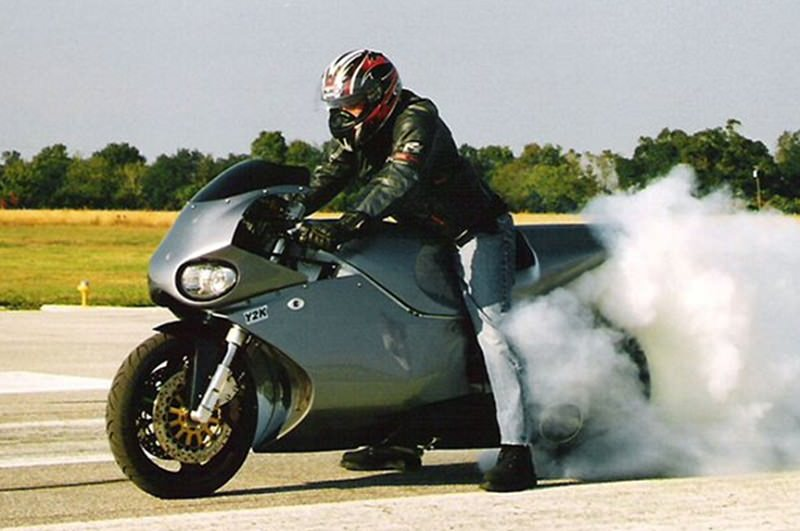 دراجة MTT turbine superbike
