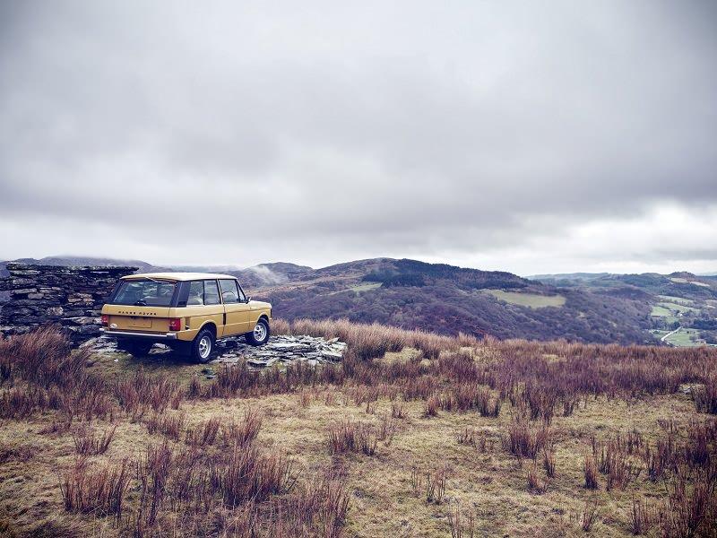 لاند روفر توفر خدمة تجديد سيارات رنج روفر القديمة