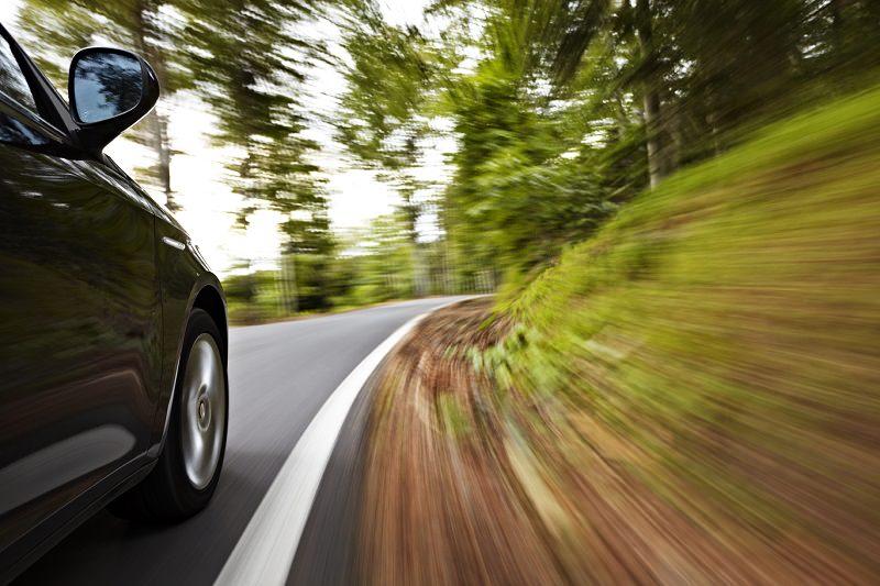 سرعة السيارة