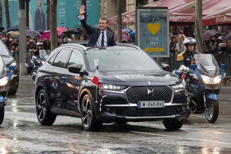 سيارة الرئيس الفرنسي