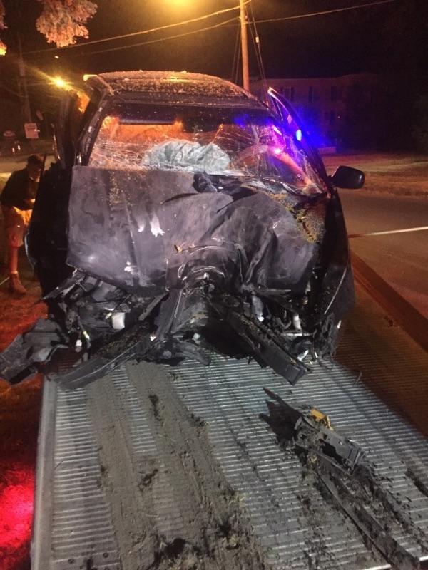 سيارة تحطمت بسبب بوكيمون جو
