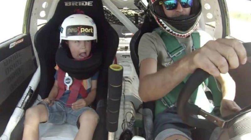 هذا ما يحدث عندما يقرر أب أن يأخذ طفله في جولة دريفت