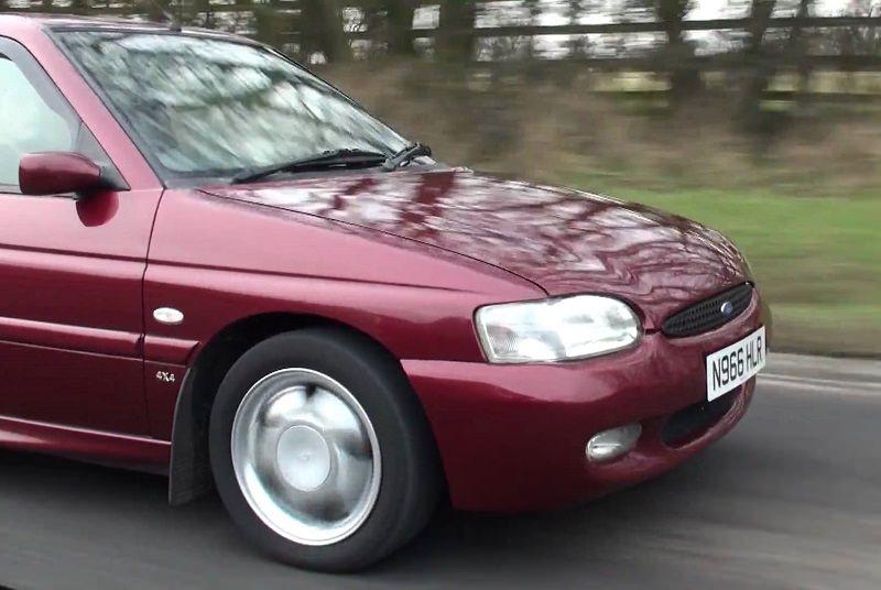 سيارة فورد ايسكورت