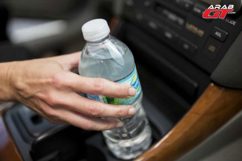 دراسة بريطانية تحذر من مخاطر العطش أثناء القيادة