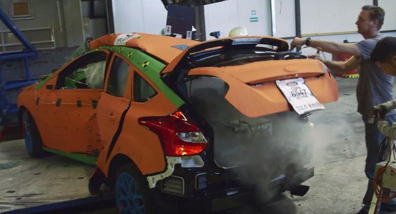 عملية تطوير واختبار فورد فوكس RS 2016