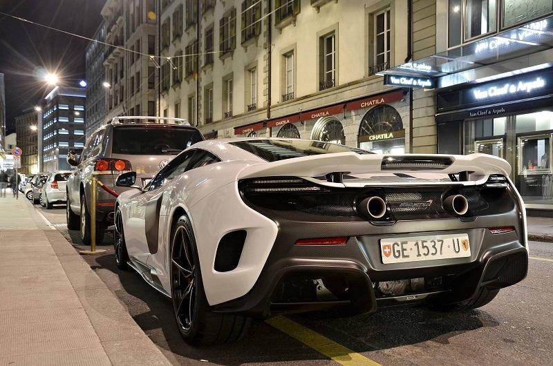 بيع كافة نسخ هذه السيارة التي يزيد سعرها عن 400 ألف دولار