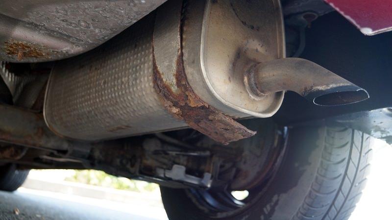 صيانة اكزوست السيارة
