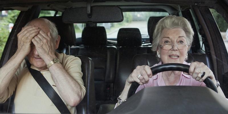دراسة علمية تثبت أن قدرة المرأة على القيادة أضعف من الرجل