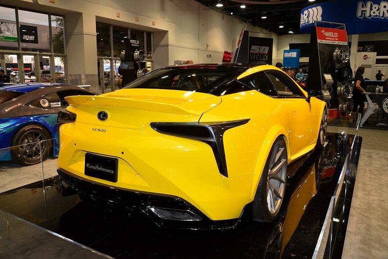 إطلاق أول سيارة لكزس LC 500 معدلة في العالم