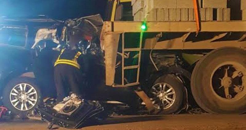 وفاة مدير مرور سعودي وعائلته في حادث تصادم مع شاحنة