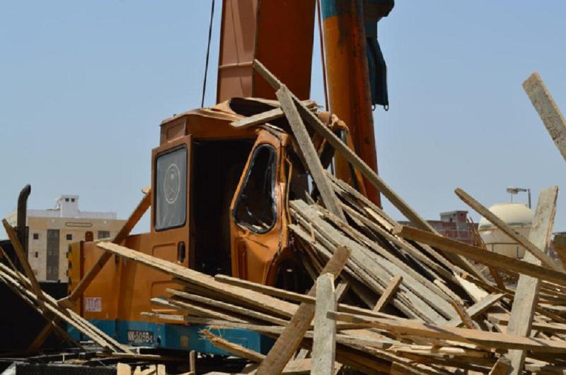 اخشاب بناء تتسبب في مصرع سائق في السعودية
