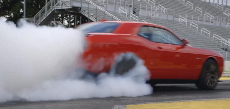 تشالنجر SRT Hellcat الجديدة تسجل اسمها كأسرع سيارة عضلات