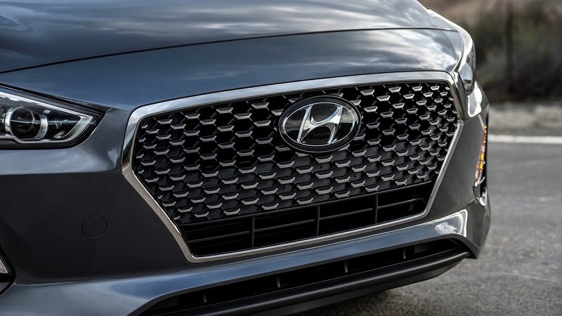 هيونداي النترا GT 2018 تظهر لأول مرة بشكل تشويقي