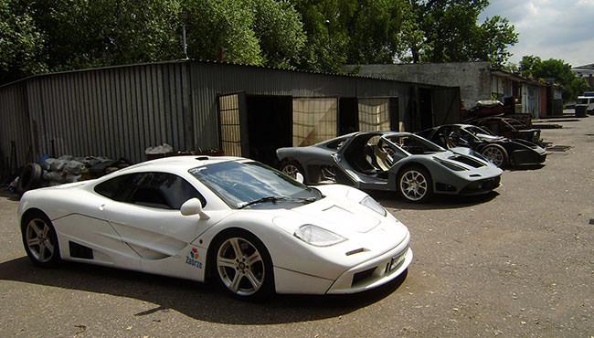 سيارات ماكلارين F1 المزيفة تحقق أحلام بعض الأشخاص