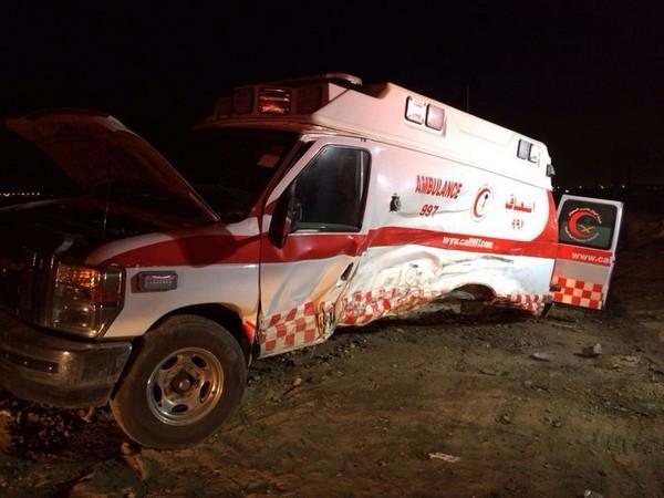 طائرة اسعاف تنقذ سيارة اسعاف في السعودية