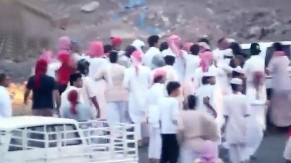 مضاربة جماعية في ساحة تفحيط سعودية تنتهي بمصرع شخص
