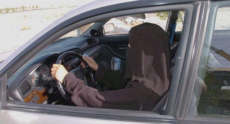 تصريحات رسمية حول قرار السماح للمرأة بالقيادة في السعودية