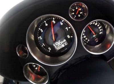 bugatti veyron vitesse acceleration sound. Black Bedroom Furniture Sets. Home Design Ideas
