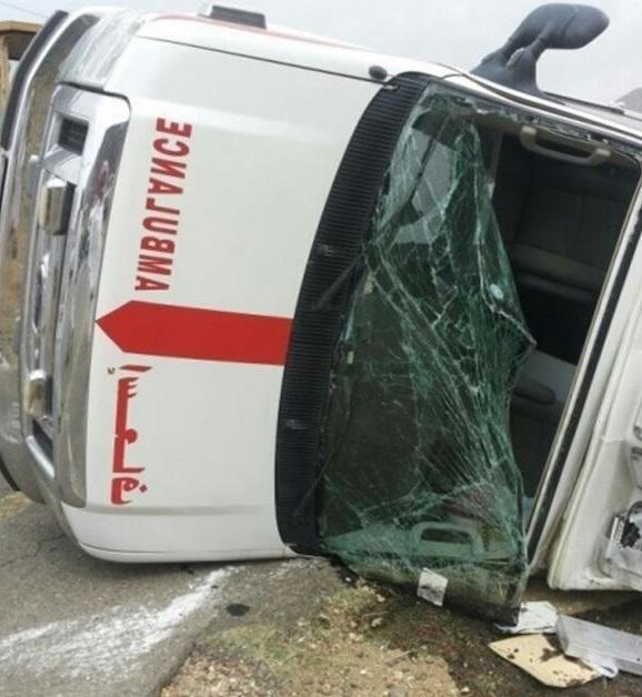 سيارة اسعاف سعودية تتعرض لحادث