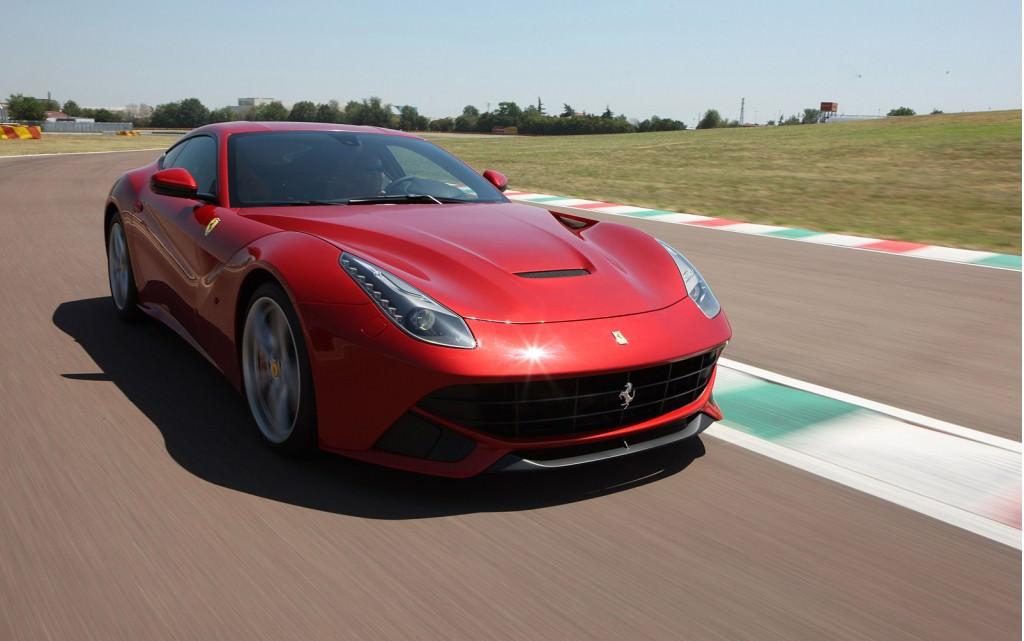 سيارة فيراري F12  بيرلينيتا 2013