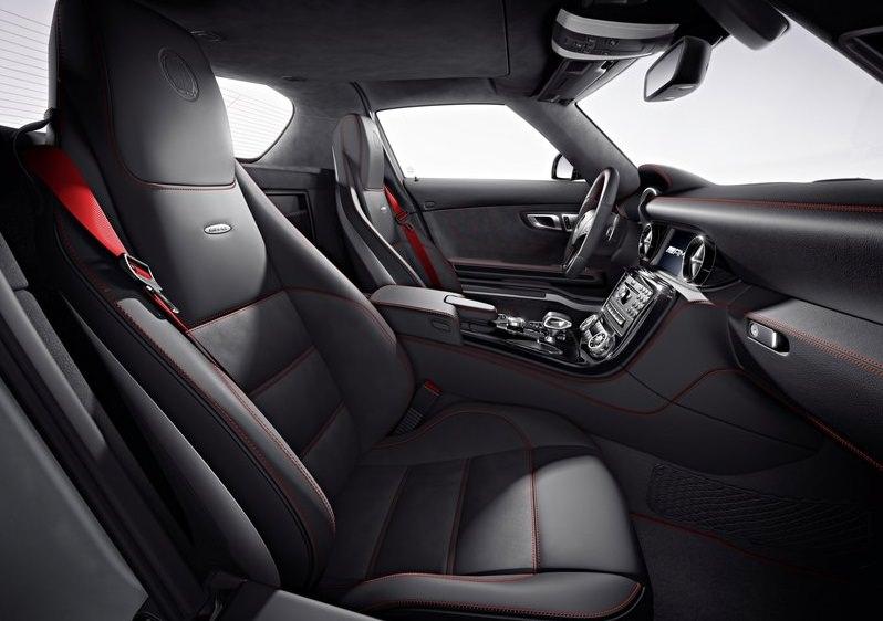 مرسيدس SLS AMG GT من الداخل