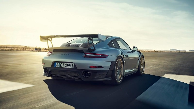 بورش 911 GT2 RS