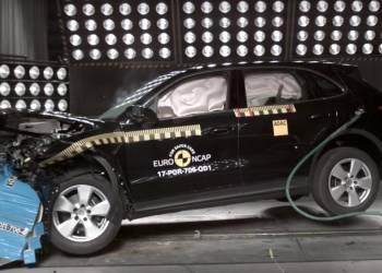 اختبار تصادم بورش كايين Porsche Cayenne