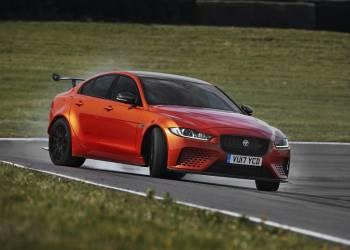 جاكوار تكشف عن أقوى سيارة تصنعها حتى الآن لتنافس M3