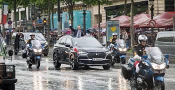 تعرف على السيارة التي ركبها الرئيس الفرنسي الجديد