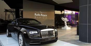 وكيل عربي الأفضل مبيعاً لسيارات رولز رويس في العالم
