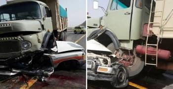 مصرع شخصين في هايلكس سحقتها شاحنة بالسعودية