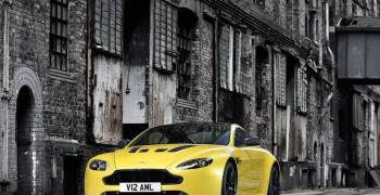 استون مارتن V12 فانتيج S 2014