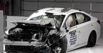 عملية اختبار السلامة والأمان في سوبارو ليجاسي 2015