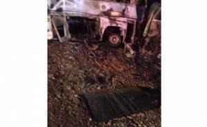 احتراق باص ركاب بعد تصادم مع شاحنة على طريق القصيم -الرياض