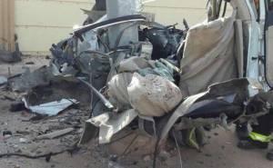 انشطار سيارة ومقتل سائقها بعد الاصطدام بعمود بالسعودية 04