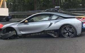 بي ام دبليو i8 تتحطم في حادث عنيف