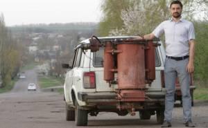 تعديل السيارات لتعمل على الحطب لمواجهة ارتفاع اسعار البنزين-01