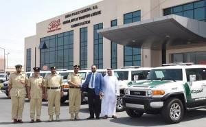 اف جيه كروزر 2016 أجدد سيارات شرطة دبي