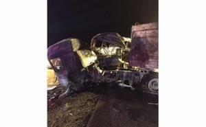حادث تصادم شاحنة بباص بالسعودية