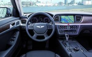 داخلية سيارة هيونداي جينيسيس 2016