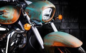 دراجة سوزوكي النارية