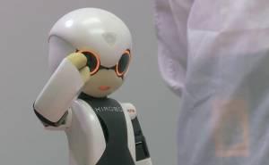 رجل آلي روبوت تويوتا