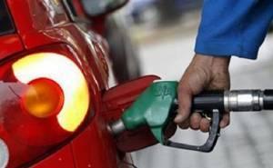 أمير الكويت يأمر الحكومة برفع الدعم عن الوقود