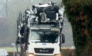 سائق شاحنة يتسبب في تحطم مجموعة من سيارات فورد الجديدة